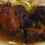 福龍門 - 普段食べる角煮とは、かなり違います