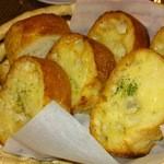 15346427 - ガーリックパン、2皿分です