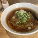 麺屋 かわはら - 料理写真:醤油 780円
