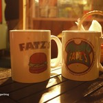 ファッツ - コーヒーはオリジナルカップで