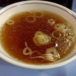 来々軒 - 五目炒飯のスープ