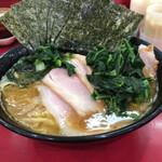153490170 - チャーシュー麺(味薄め・麺固め)、海苔・青菜トッピング