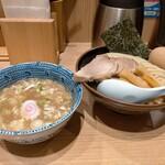 Sharin - 味玉つけ麺750円
