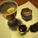 1535382 - 烏賊の明太子和え、はたはた寿司いくらのせ、鰊煮、山菜玉子巻。