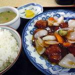 歩 - 酢豚定食