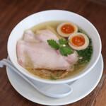 らぁ麺 あおば - 料理写真:らぁ麺 特製 塩☆