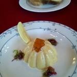 貘 - ランチAコースの前菜 ウニのババロア