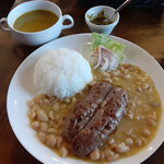 Miraflores - 「インゲン豆の煮込み、チョリソー添え(frijol con chorizo)」