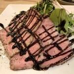 牡蠣と和牛の奴隷 - 和牛ローストビーフ