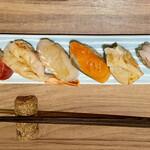 ワイン・寿司・天ぷら 魚が肴 - 友人のお皿。華やかです。