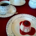 貘 - ランチAコース デザートとコーヒー