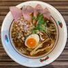 麺とカフェ処 悠然かしや - 料理写真:加賀の黒中華 800円