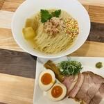 煮干乃宴 - 料理写真:蛤香るライ麦昆布水麺