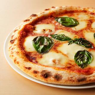 ピザ食べ放題のプランあり