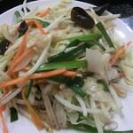 15357554 - メイン野菜炒めアップ大衆中華らしく濃い味付けだったらいいのに薄い味が残念