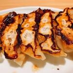 153570291 - 肉汁餃子