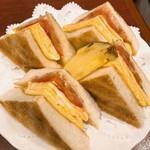 153601925 - タマゴトーストサンド。卵はふわふわでした。