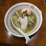 六九麺 - 塩+ピンク卵