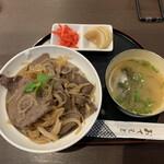 和牛処 やまだいら - 料理写真:近江牛丼 1100円
