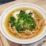 中華そば 肴 yamago - 鶏塩そば(中)700円