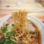 中華そば 肴 yamago - 中太ちぢれ麺を固めでお願い