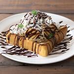 アバロンコーヒー - フレンチトーストバナナチョコクリーム