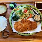 ごはんや くるり - 料理写真:ローストンカツ定食 980円税込