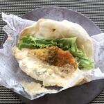 ピンサ・ロマーナ - *明太子の風味は弱いですけれど、マヨと合わせたソースはいい味わい。