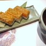 きときと 釣谷鮮魚店 - 〆は鱒寿司と赤出汁でしょっ♪