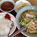 東来順 - 料理写真:インドカリーラーメンセット