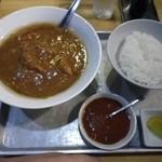 15370330 - カレーラーメン(中辛)、一口極辛、半ライス
