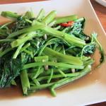 キンカオコン - サービスランチ パッブンファイデーン(空芯菜炒め)美味しくて、ボリュームも有ります。