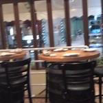 15370768 - 1Fのテーブル席の様子です