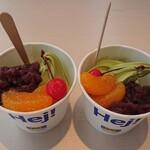 イケア・ビストロ - 料理写真:抹茶あんみつ風サンデー二個