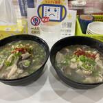 福本食堂 - 料理写真:でんがく左が大盛り750円、右が普通500円