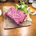 大野屋 和ちゃん - ビーツ(鮮やかな赤色が特徴の野菜)入りポテサラ