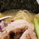 153724258 - イワシ出汁の鴨山椒焼らー麺(特別版)