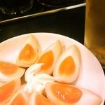 川崎餃子樓 - 煮玉子