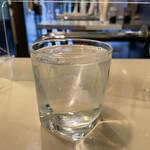 鈴傳 - 「酒蔵の仕込み水」100円