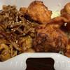 満腹デリ - 料理写真:焼肉と鶏のから揚げ