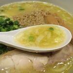 鶏の穴 - スープ