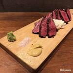 肉バルサンダー - 短角牛シンシンとトモサンカク(Après)