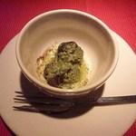 トラットリア フィオーレ - エスカルゴの香味バター焼き