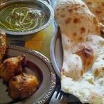 インド・ネパール料理 RAJA - ほうれん草のカレーCセット