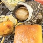 こまつ - 姫サザエ 数の子 蟹 卵焼き