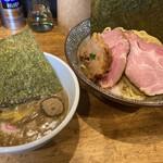煮干し中華そば 一剣 - 料理写真:
