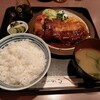 キッチン きく - 料理写真:ポーク豚かつスペシャル1100円+定食セット300円