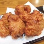 麺工房 武 - 鶏の唐揚げ(400円)