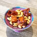 高橋と小籠包 - 【麻辣ピーナッツ】痺れる食感。中国定番のおやつ