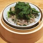 高橋と小籠包 - 【台湾まかない飯】中国の家庭料理「肉餅飯」を再現